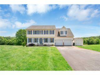 Property in East Windsor, CT thumbnail 4