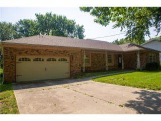 Property in Des Moines, IA thumbnail 2