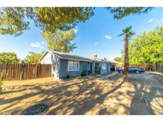 Property in Lancaster, CA thumbnail 5