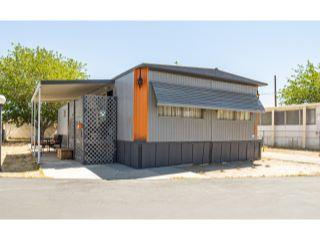 Property in Palmdale, CA thumbnail 6