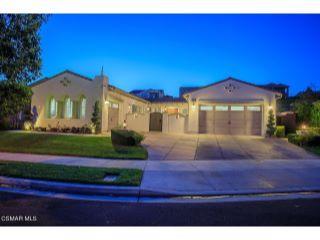 Property in Moorpark, CA thumbnail 3