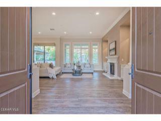 Property in Moorpark, CA 93021 thumbnail 2