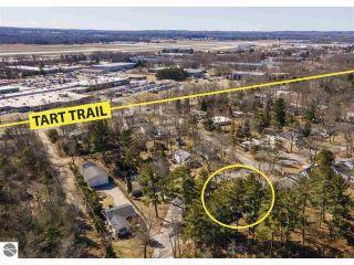 Property in Traverse City, MI 49686 thumbnail 2