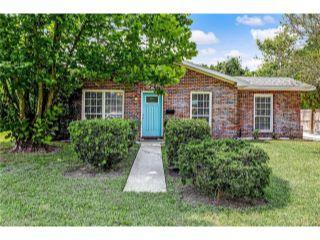 Property in Fernandina Beach, FL thumbnail 1