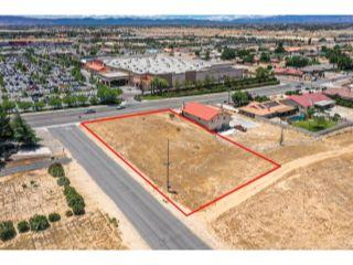Property in Apple Valley, CA thumbnail 2