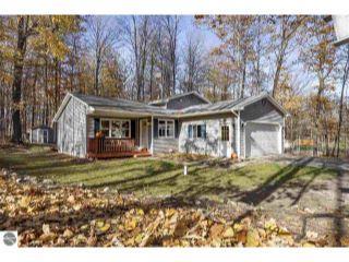 Property in Traverse City, MI thumbnail 2
