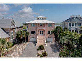 Property in Carolina Beach, NC thumbnail 3