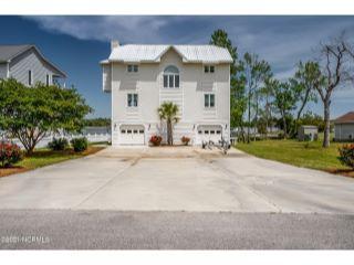 Property in Hubert, NC 28539 thumbnail 0