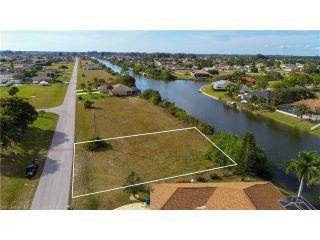 Property in Cape Coral, FL thumbnail 5