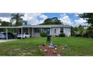 Property in St. James City, FL thumbnail 4