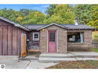 Property in Traverse City, MI 49684 thumbnail 2