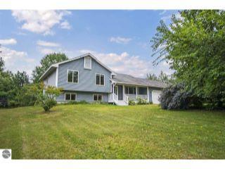 Property in Lake Ann, MI thumbnail 5