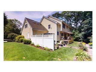 Property in Narragansett, RI 02882 thumbnail 2