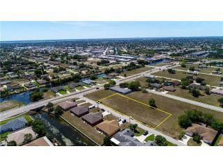 Property in Cape Coral, FL thumbnail 2