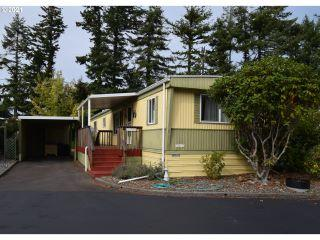 Property in Coos Bay, OR thumbnail 5