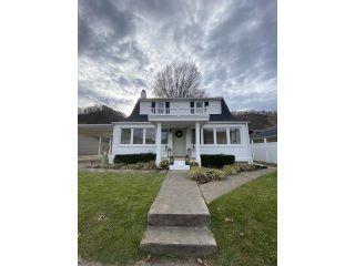 Property in Prestonsburg, KY thumbnail 4