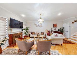 Property in Houston, TX 77057 thumbnail 2