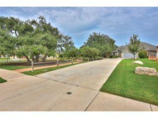 Property in Georgetown, TX 78628 thumbnail 2