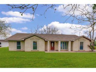 Property in Spring, TX thumbnail 3