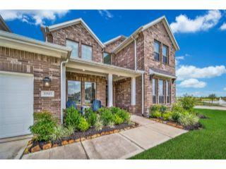 Property in Tomball, TX 77377 thumbnail 2