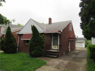 Property in Cleveland, OH thumbnail 3