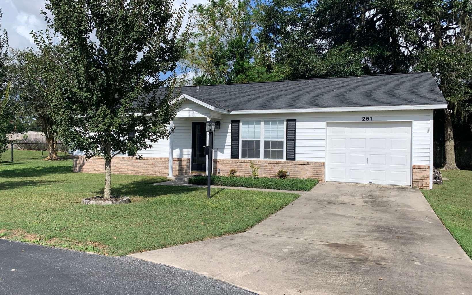 Property Image for 251 SE Tristin Lane