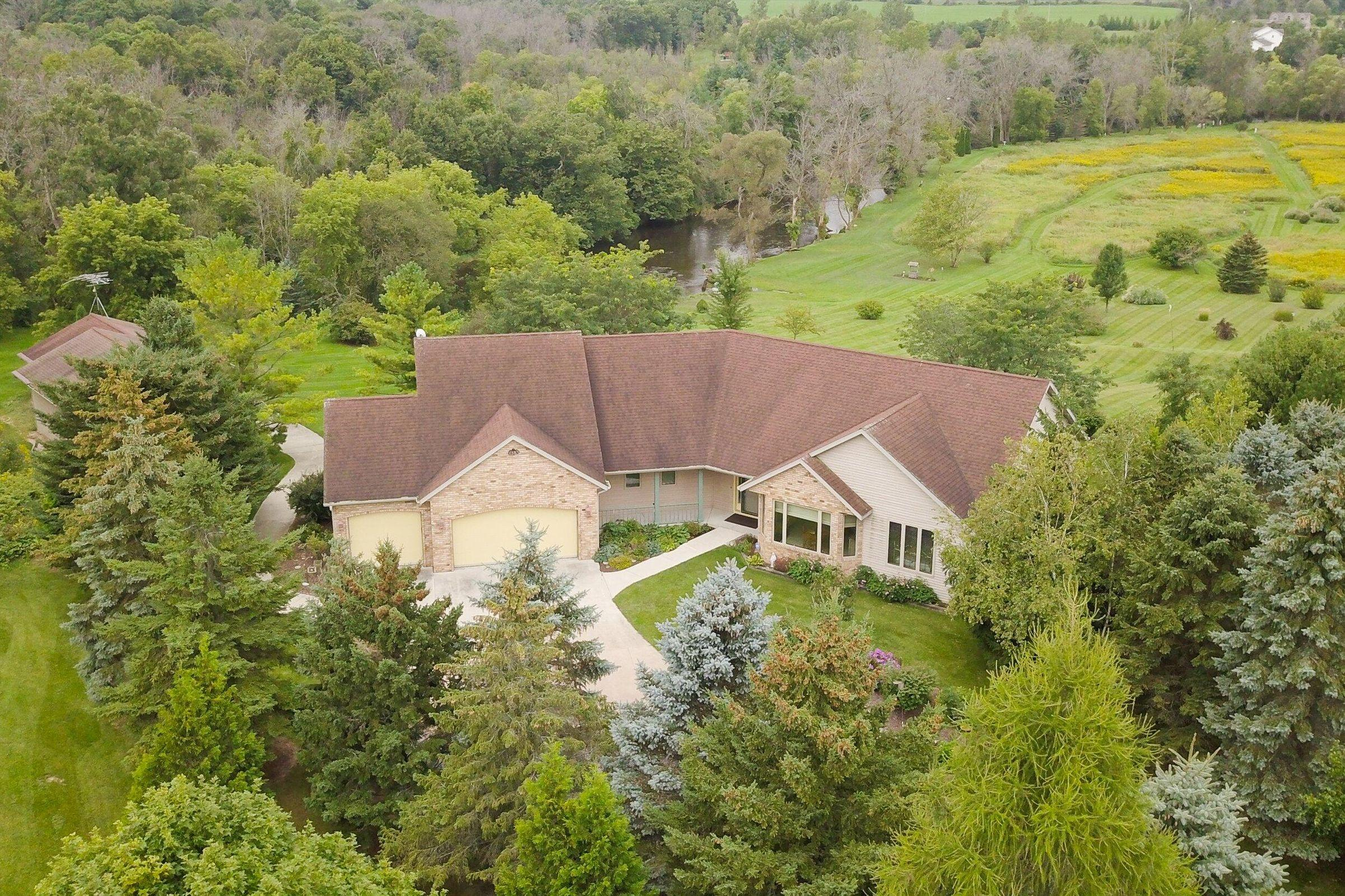 HOME FOR SALE – Great location for your private retreat!