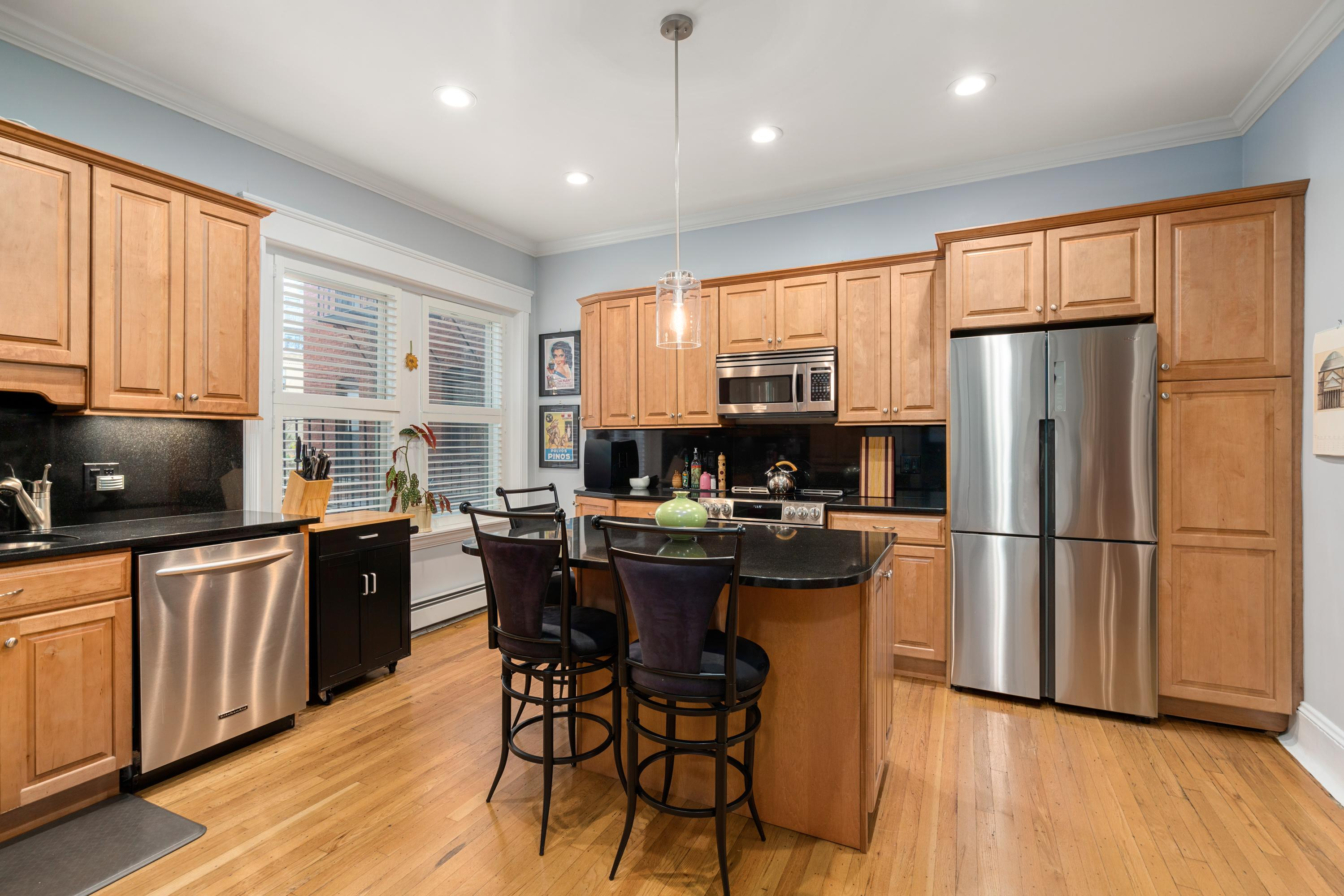 Property Image for 426 Hanover Street #2