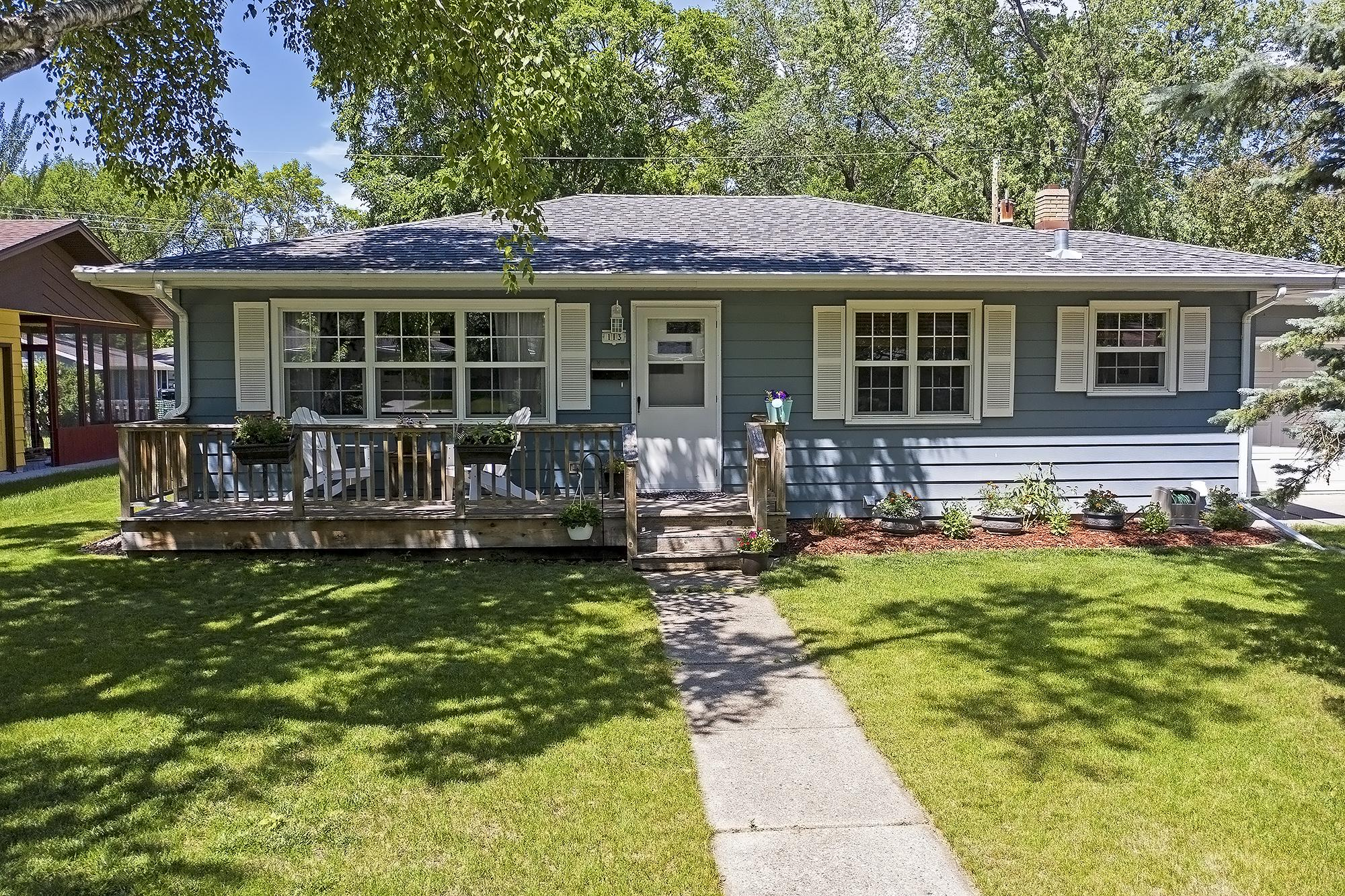 Property Image for 113 23 Ave N