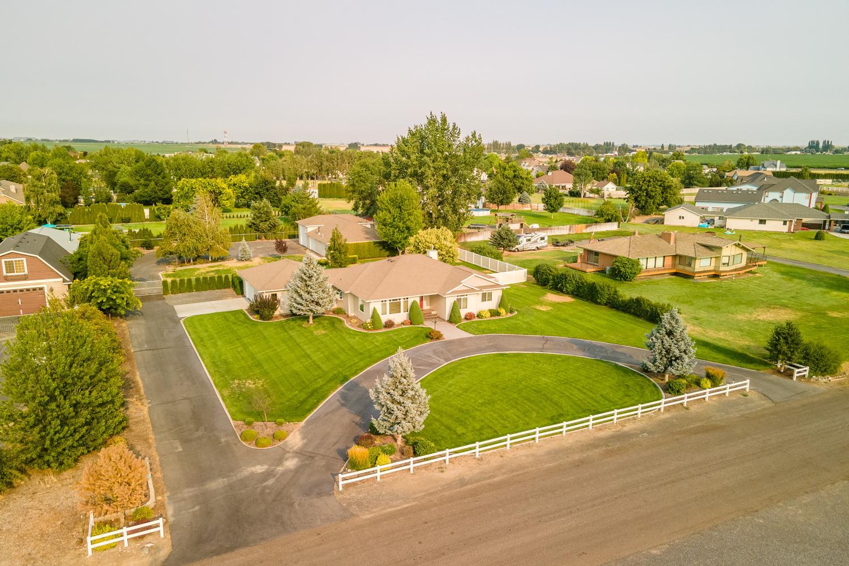 Property Image for 269 NE Karl Rd