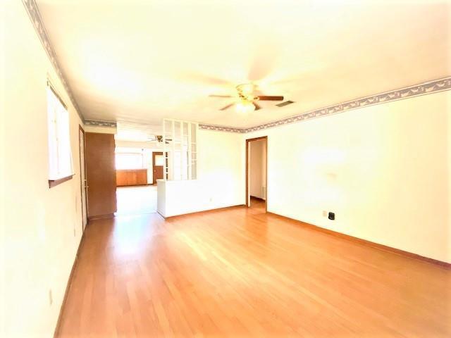 Property Image for 2433 Mercedes Blvd