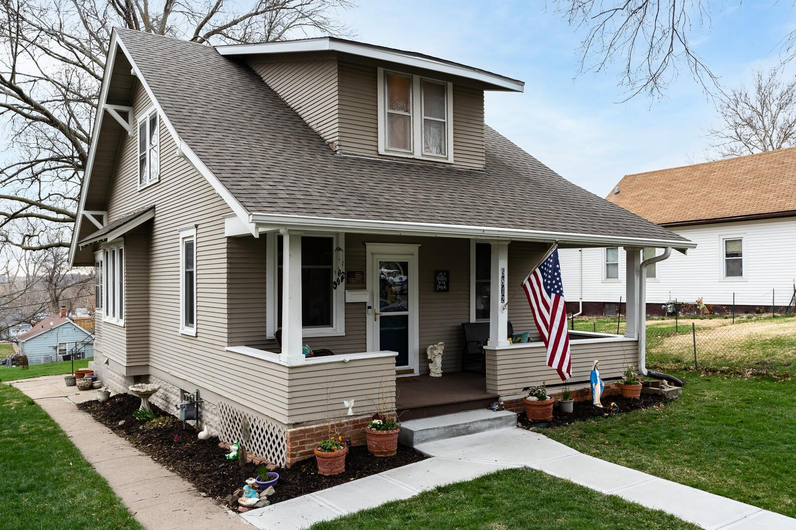Property Image for 5812 S. 18th Street
