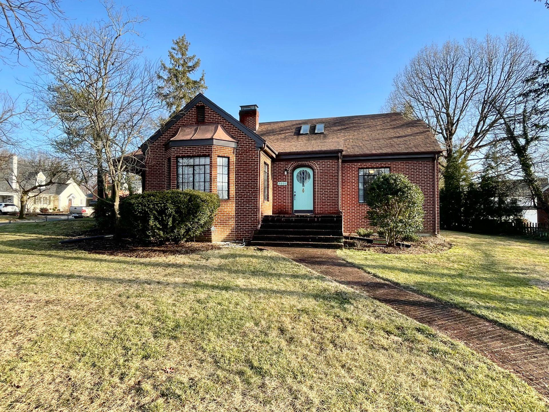Property Image for 2806 Woodlawn Ave