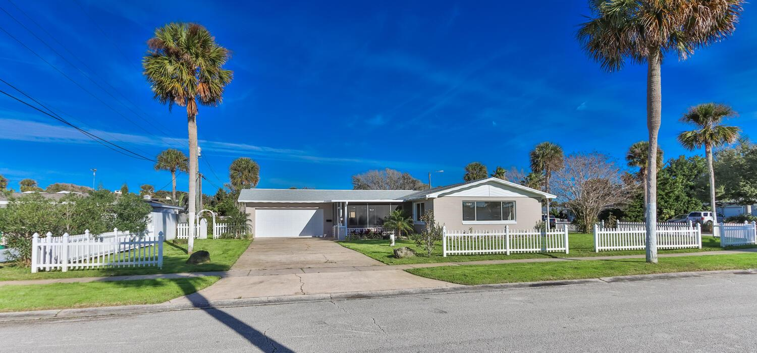 Property Image for 51 Oakview Circle
