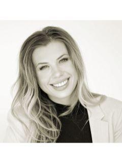 Haley Tracy of CENTURY 21 Deaton and Company Real Estate