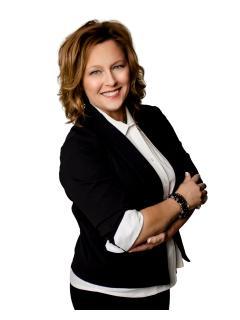 Julie Hurt of CENTURY 21 ProLink photo