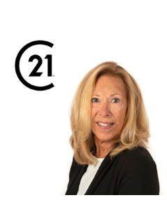 Karen Kisberg of CENTURY 21 Betty Steinbacher Real Estate