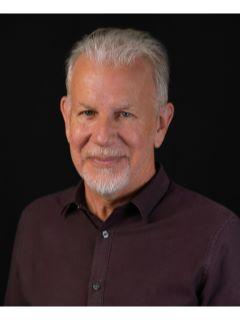 Steve Deighton of CENTURY 21 Property Advisors