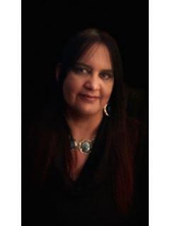 Lizbeth Vega of CENTURY 21 Myers Realty