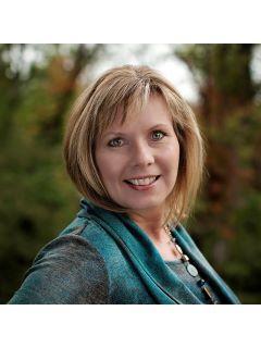 Teresa Brown of CENTURY 21 Advantage Realty photo