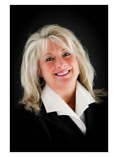 Connie Hunt of CENTURY 21 Advantage Realty