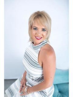 Cheryl Andrews of CENTURY 21 Clinkenbeard Agency
