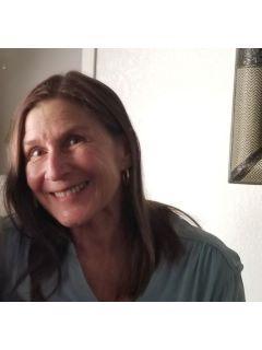 Stephanie Dawson of CENTURY 21 Sunshine Realty