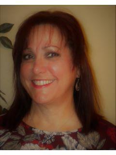 Diane Ledesma of CENTURY 21 Colorado River Realty