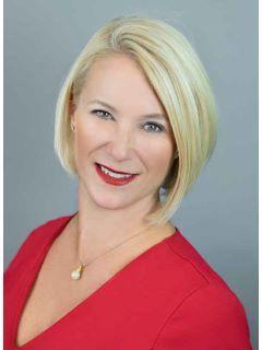 Monica Fowlds PA of CENTURY 21 Selling Paradise