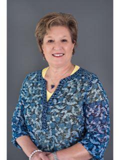 Beverly Wallace of CENTURY 21 Bill Bartlett