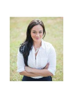 Jennifer Munoz of CENTURY 21 Triangle Group