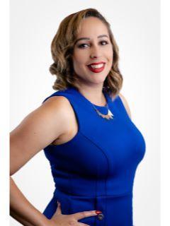 Nicole Finn of CENTURY 21 Full Realty Services