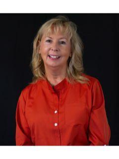 Ella Ginest of CENTURY 21 Property Advisors