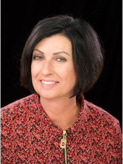 Karen Greenwood of CENTURY 21 Gold Standard